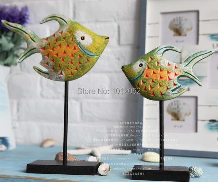 House Decoration Craft Kissing Fish Home Furnishings: Mediterranean Style Wooden Nordic Log Colorful Fish Wooden