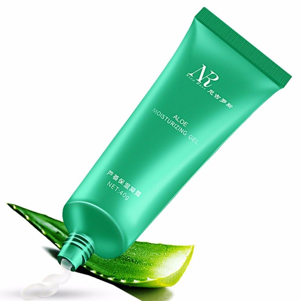 Aloe vera gel as moisturizer