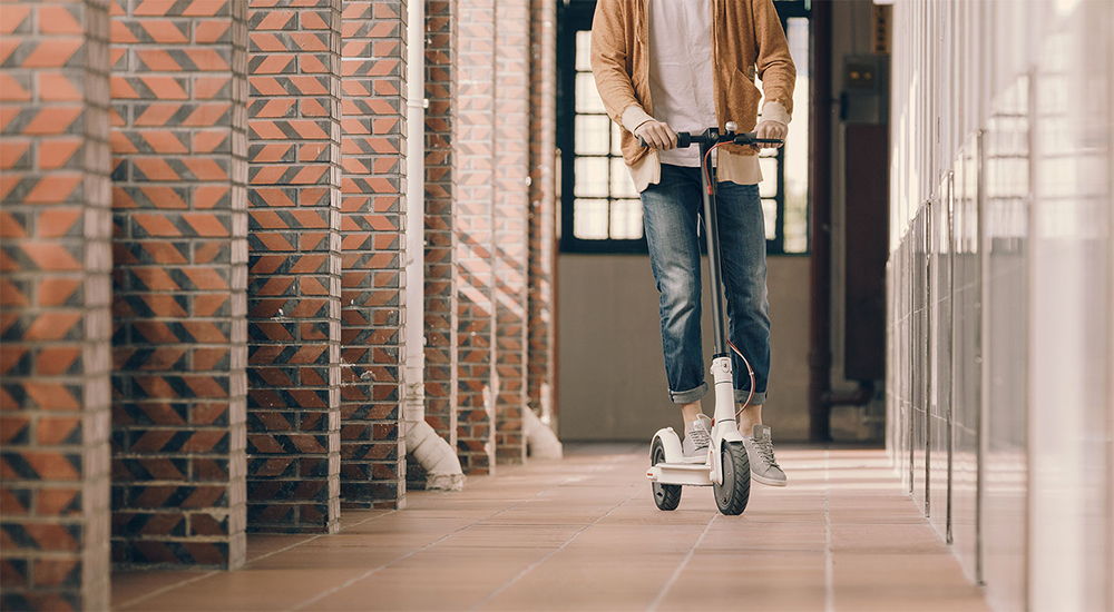 Original Xiaomi Scooter Mijia 2 Wheels Smart Electric Scooter Skate Board Adult Mini Foldable Bike Hoverboard 30km with APP 23