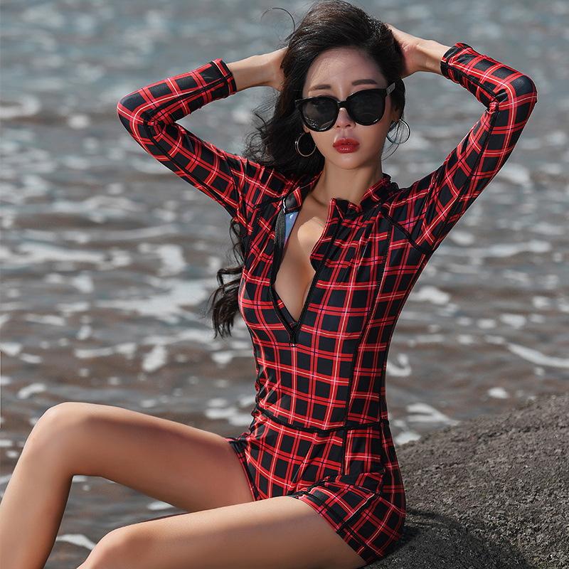 who-care Women Rash Guard Long Sleeve Surf Swimwear Closed Swimsuit One Piece Rashguard with Shorts Trikini Lycra Female Red Lattice Swim