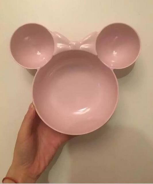 Pink Red and white dinnerware ceramic plate 5c64f8aa7ff16