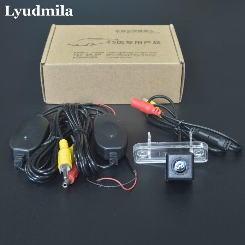 Camera foto Lyudmila pentru Mercedes Benz Clasa CLK W209 A209 C209 2002 ~ 2009 / Camera din spate Camera / HD CCD Inversare Camera