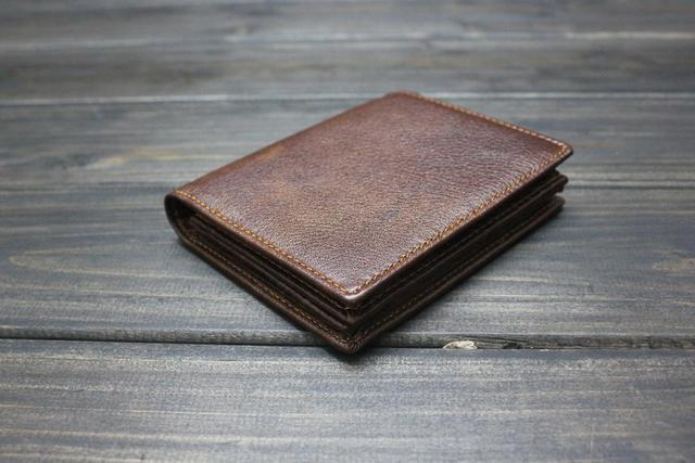 d4529b45e46 Men's Classic Brown Real Leather Bifold Wallet Card Holder Front Pocket Carteira  Masculina