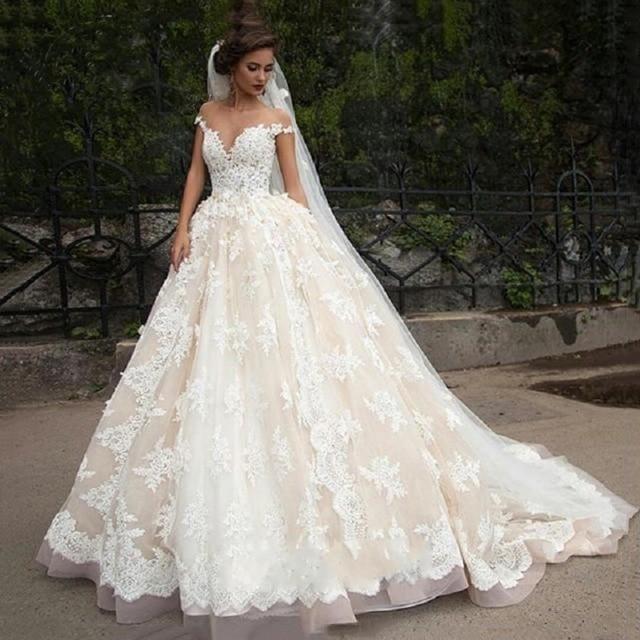 360fcb15789b4 Luxury Lace Ball Gown Wedding Dress Off Shoulder Princess Arabic Muslim  Arab Bride Bridal Dress Gown Weddingdress Custom-made