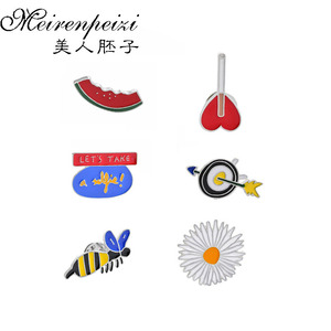 6Pcs Enamel Pin Cute Watermelon Daisy Bee Animal Brooches For Women Lapel Pins Fashion Jewelry K-POP Badge For Cloth Hat Scarf