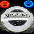 4D LED Car Decal cauda Logo luz do emblema do emblema da lâmpada etiqueta para Nissan LIVINA & Cedric ( 11.7 * 10.0 cm ) branco / vermelho / azul