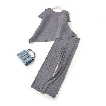 FREE SHIPPING Miyake fold solid short sleeve o-neck irregular t-shirt  + Split straight pants irregular set  IN STOCK