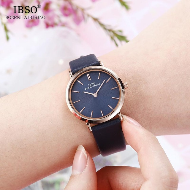 Women's Wrist Watch Ultra-Thin Quartz Simple Causal