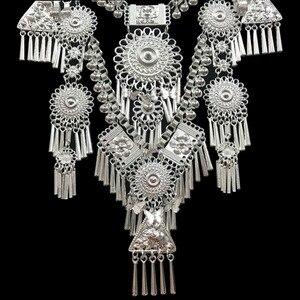 Image 5 - Kolye ve kolye Bohemia püsküller kolye Retro Yunnan etnik abartı Miao gümüş dans aksesuarları destek toptan