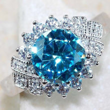 Cute Female Aqua Blue Engagement Ring Fashion 925 Silver Crystal Zircon Stone Ring Vintage Wedding Ring for Women(China)