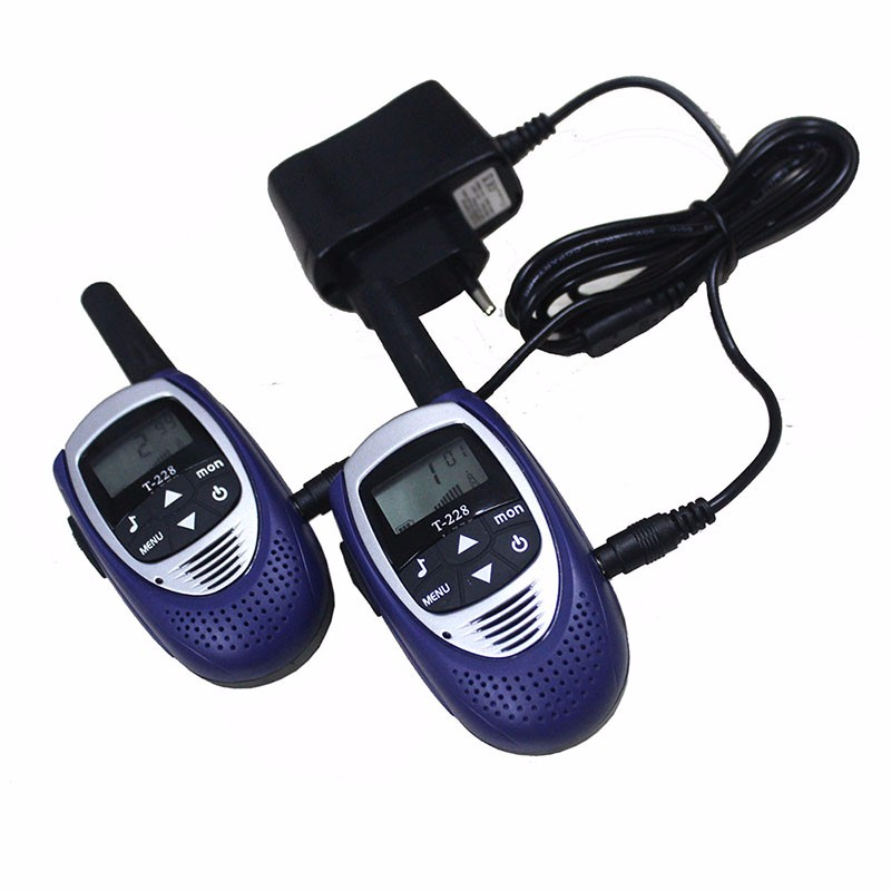 2pcs T228 mini bærbar radio walkie talkie mobil cb radioer comunicador PTT uhf PMR talkie walkie leketøy for barn m / batterier
