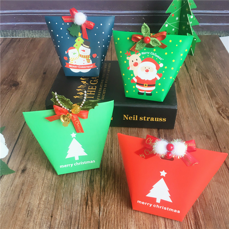 10Pcs Merry Christmas Candy Box Bag Santa Claus Christmas Tree Gift Box With Bells Paper Box Gift Bag Candy Container Christmas