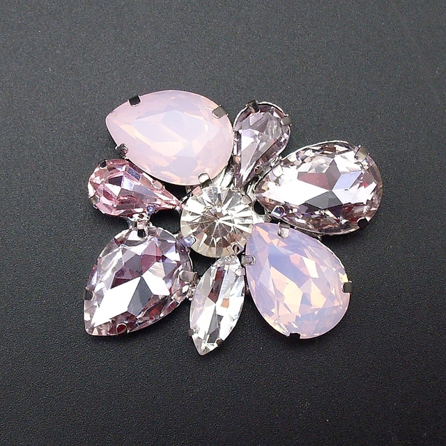 3f7440395 New Design Fashion Women Crystal Glass Stone Handmade Shinning Opal Brooch  Pin Mothers' Gift Unique