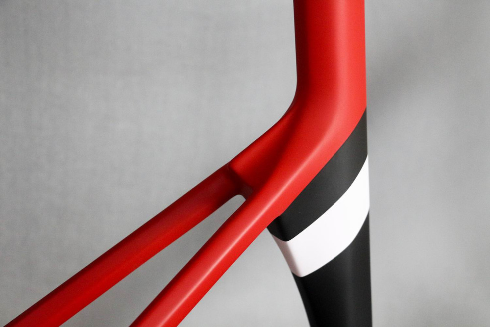 2018 Strong And Stiff Carbon Fiber Road Bicycle Frame Di2 Compatible Aero Carbon Road Bike Frame , No Custom Fee Carbon Frame