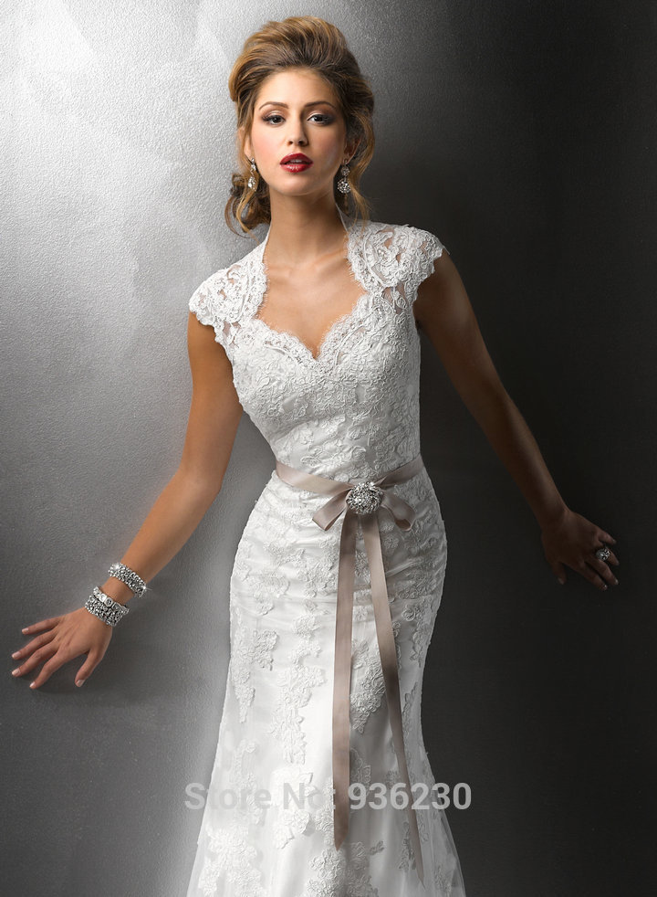 Fitted Tea Length Wedding Dresses