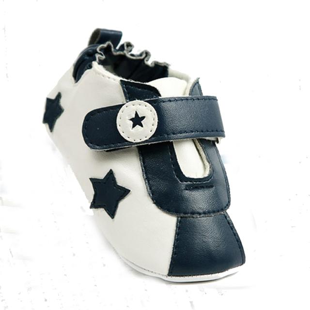 Del Otoño Del resorte estrella imagen primer caminante del bebé, anti-slip zapatos blancos negros FW-001