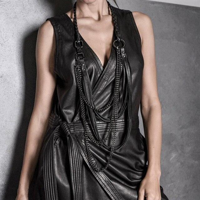 YD & YDBZ جديد طويل جلدية قلادة المرأة مجوهرات فاخرة اليدوية مصمم قلادة قلادة الجلود و سلسلة الشرير نمط المختنق