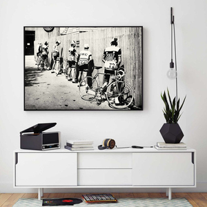 Black and White Bicycle Cyclist Print Bike Vintage Photo Poster Gift for Bathroom Decor Men Peeing Pissing Road Cycling Wall Art(China)
