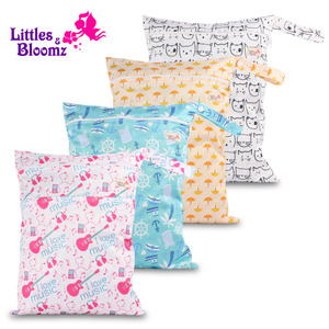 [Littles&Bloomz] Washable Reusable Nappy Two Pockets Wet Bag Fashion Design Waterproof Swim Sport Double Pockets in One Wet Bag(China)
