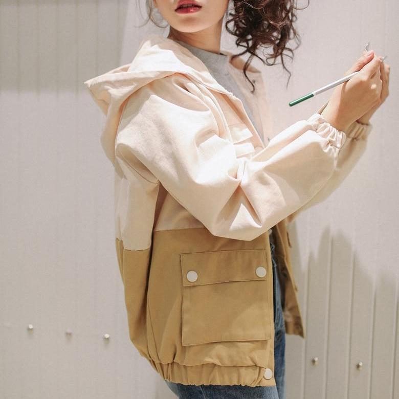 2019 Autumn Women Bomber   Basic     Jacket   Pocket Zipper Hooded Cartoon Print Outwear Loose embroidery Coat