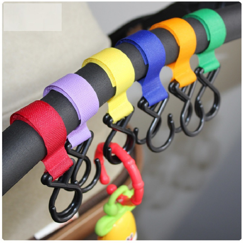 Cute Multicolor Plastic Baby Stroller Accessories Pram 2 Hooks Pushchair Car Hanger Hanging Strap Random Color High Quality
