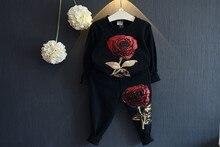 Оптовая (5 копий/LOS)-2016 Весной и Осенью вышивка пайетками роза спортивная Футболка спортивные штаны + 2 возрасте 2-7 девушки набор