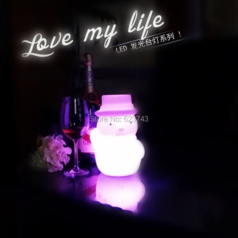 Free shipping Plastic rechargeable battery illuminated Christmas LED Snowman night table lamp led baby night light for gift free shipping remote control colorful modern minimalist led pyramid light of decoration led night lamp for christmas gifts