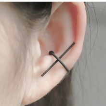 Geometric shape fashion clip earring