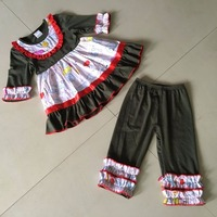 Spring And Autumn 100 Cotton Animals Print Brown With Small Bib With Same Color Pants Sets