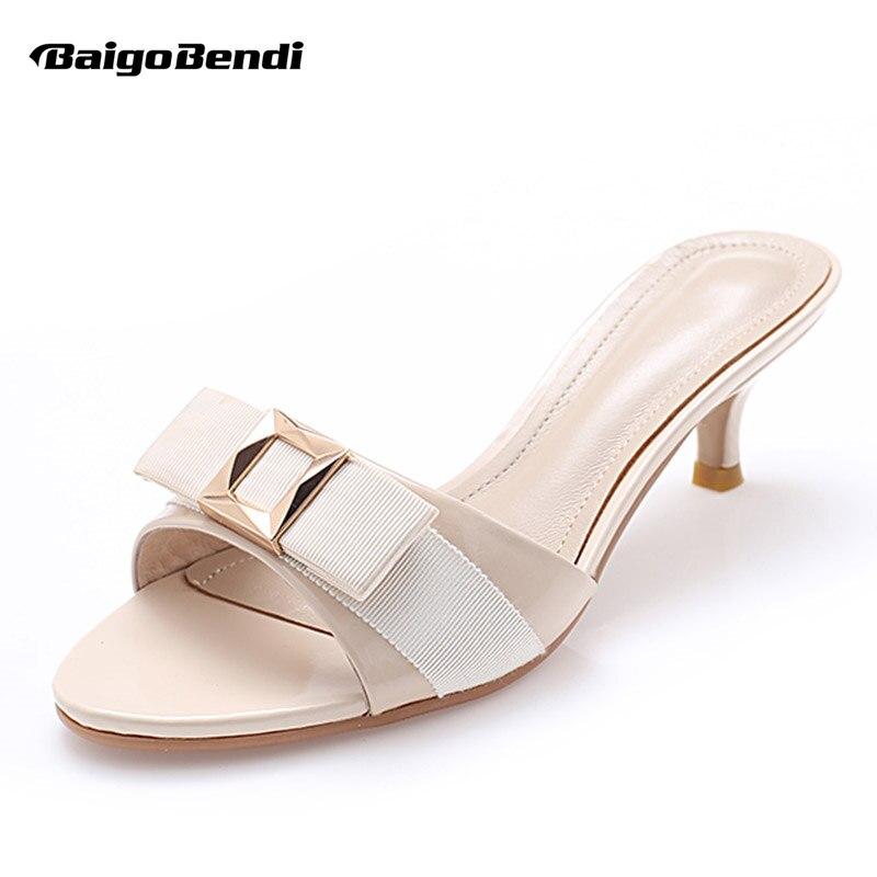 США 4-9 Лакированная кожа бантом сандалии женская летняя обувь на низком каблуке женские открытый слайды ПР Повседневное Тапочки
