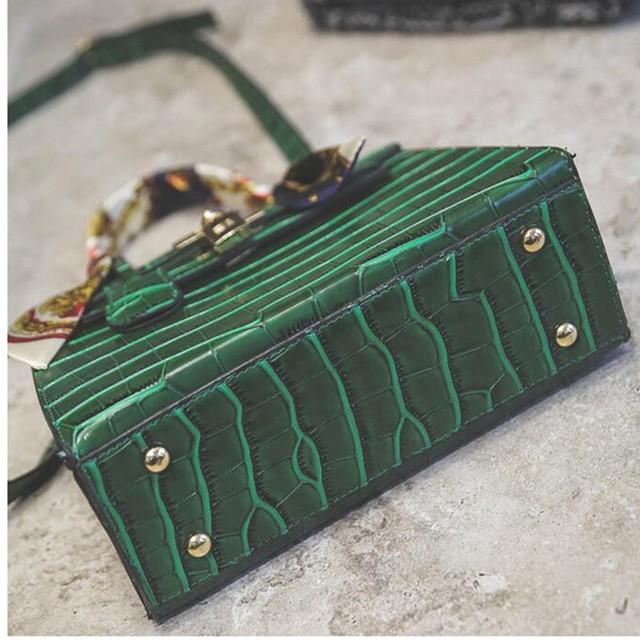 Women's Alligator PU Leather Handbag 4