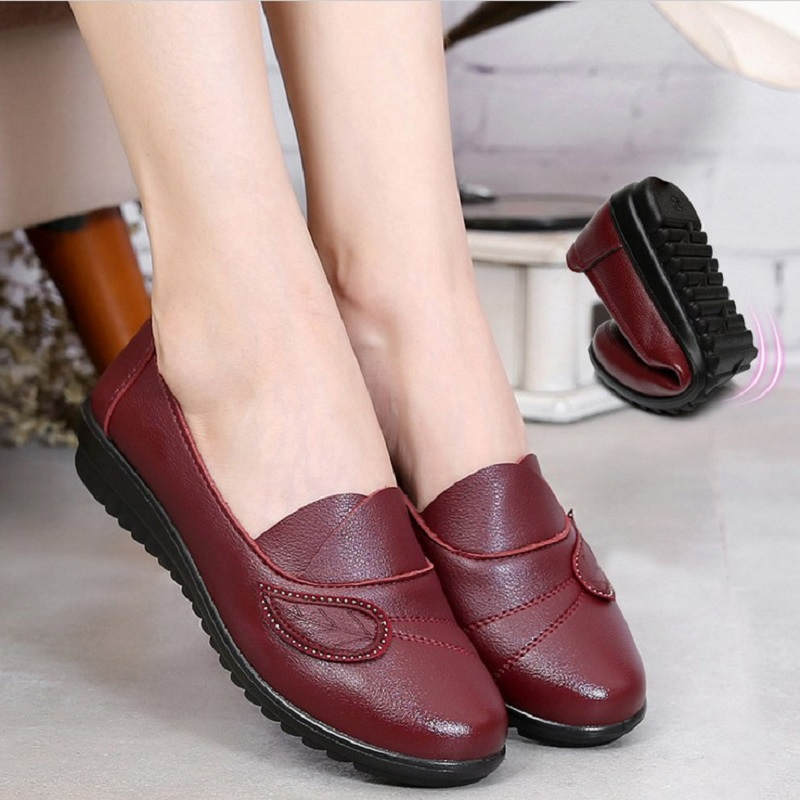 16 spring and autumn new mother single shoes in the elderly soft-soled shoes flat-bottomed shoes womens big yards grandma shoes