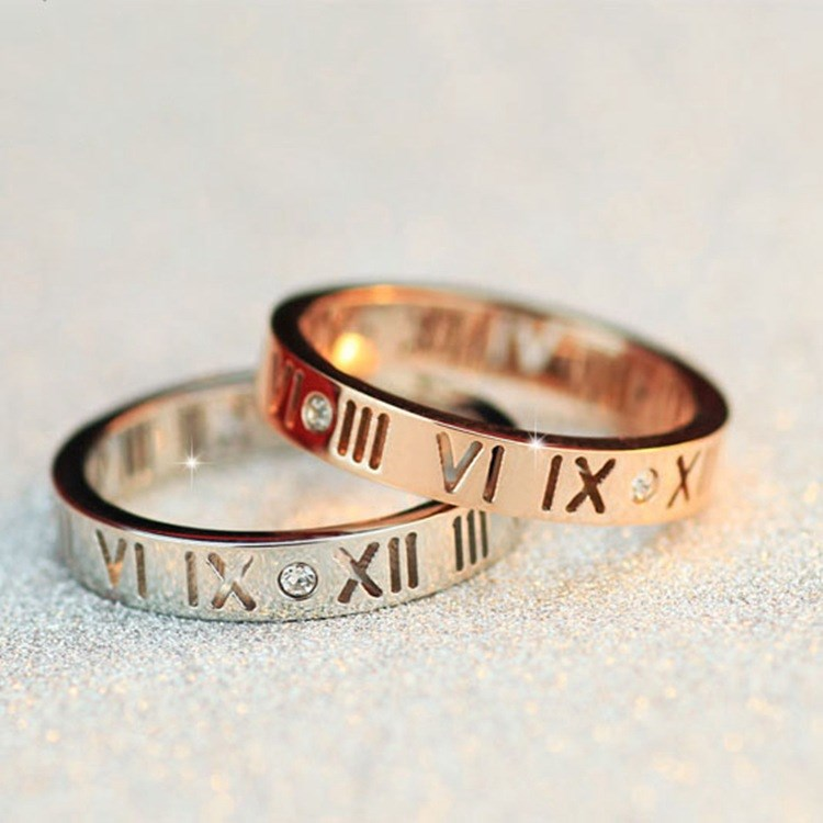 2020 SALE Fine Jewelry Wholesale Couple Simple Roman Numerals Hollow Stainless Steel Ring Crystal From Austrian 3 Colors