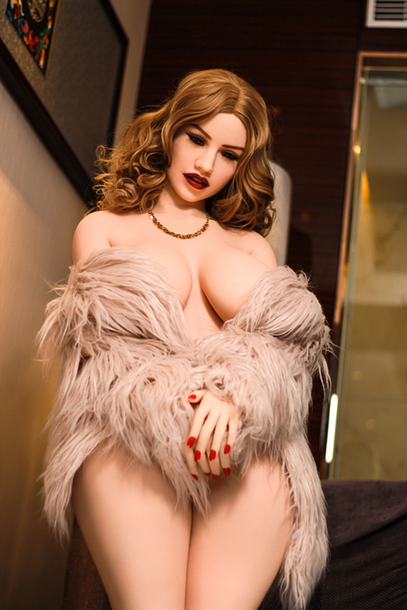 thick booty sex doll