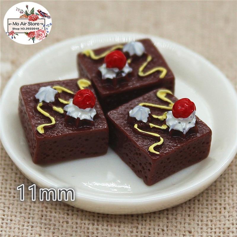 10PCS Chocolate Strawberry Cake Dessert Resin Flat Back Cabochon Miniature Food Art Supply Decoration Charm