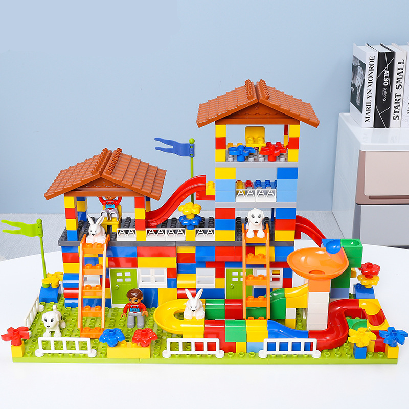 купить Diy City House Roof Big Size Building Block Castle Educational Toys For Children Compatible with Legoingly Duplo Brick Baby Gift по цене 1154.6 рублей