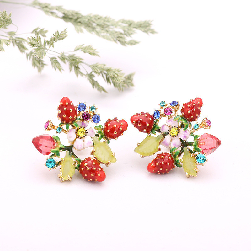 Warmhome Trendy Jewelry Enamel Glaze Copper Red Strawberry Flower Fruit Gems For Women Earrings цена