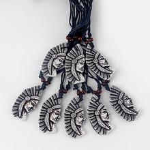 12 stücke Weiß Yak Knochen Harz Geschnitzte Tribal Chef Kopf Indians Anhänger Halskette 61x31mm Schwarz Wachs Baumwolle kabel Einstellbar