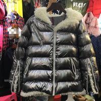 Europejski 2018 New Winter Coat Kobiety Gruby Srebrny Jasny Lamb Studenci Ciepłe Wyściełane Dama Mody Krótki Płaszcz Z Kapturem Płaszcz Z Wełny