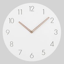 2018 Hot Selling Slient MDF Wooden Wall Clock Modern Design Vintage Rustic Shabby Clock Quiet Art Watch Home Decoration