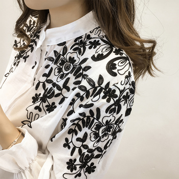 2018 Fashion Female Clothing Embroidery Blouse Shirt Cotton Korean Flower Embroidered Tops Korean Style Fresh shirt 529E 25 5