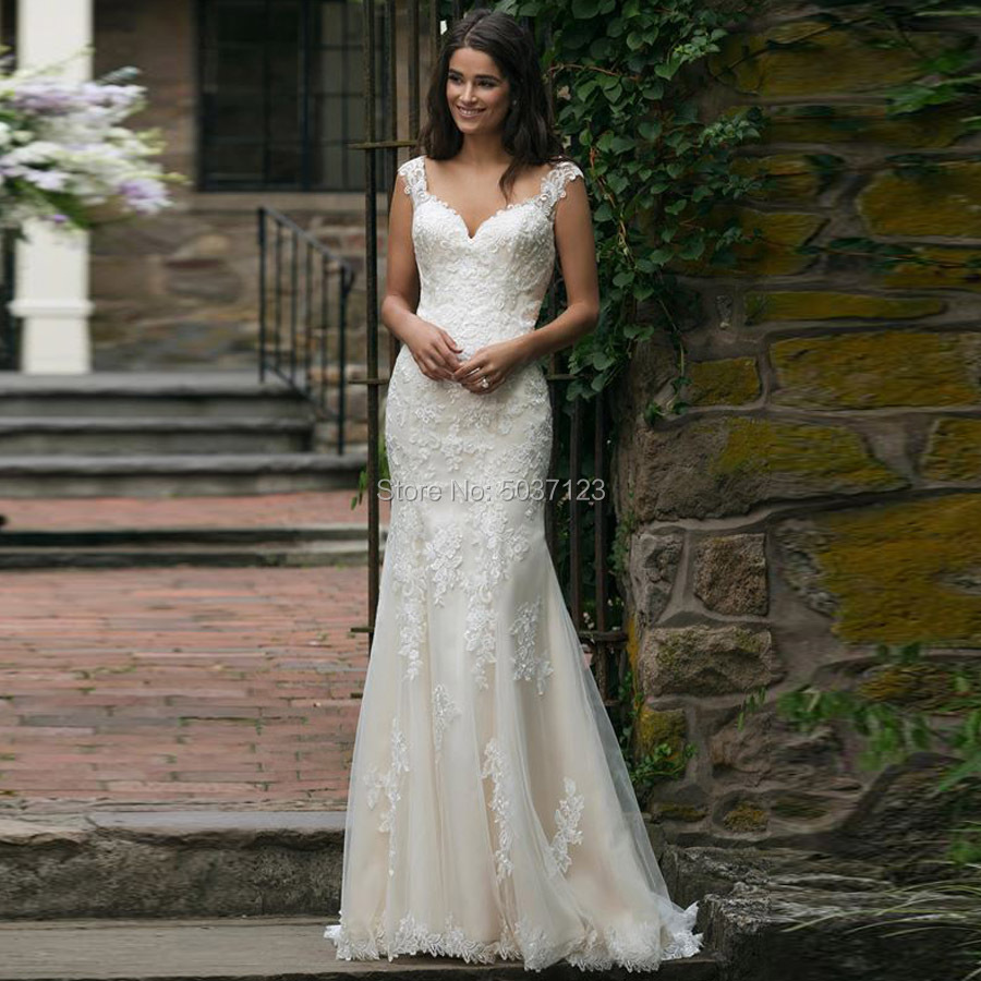 Lace Mermaid Sweetheart Wedding Dresses Sleeveless Lace Appliques Vestido De Noiva Court Train Button Illusion Bridal Gowns
