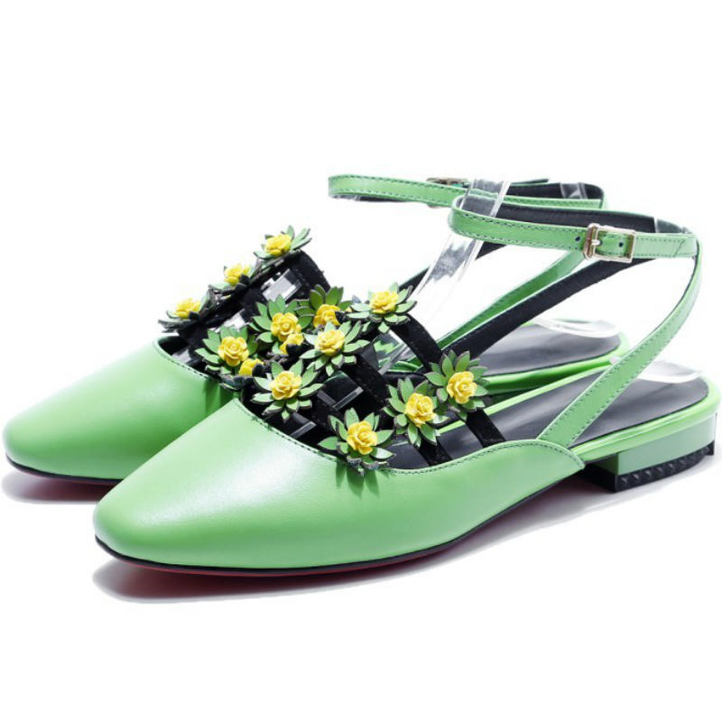 ФОТО Luxury Real cow leather flowers women summer 2017 ankle-strap flat heel sandals ladies square toe England style shallow shoes