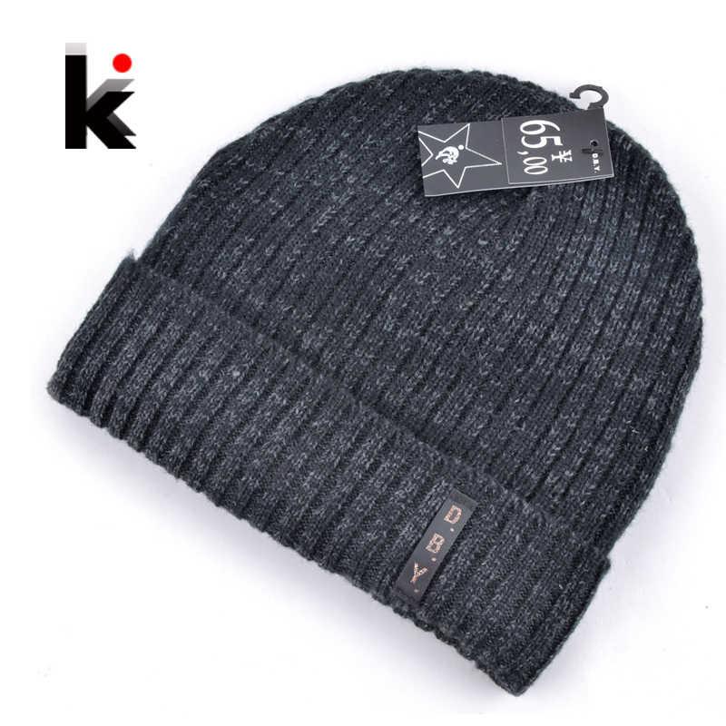 d330038b90663e 2018 mens designer hats bonnet winter beanie knitted wool hat plus velvet  cap skullies Thicker mask