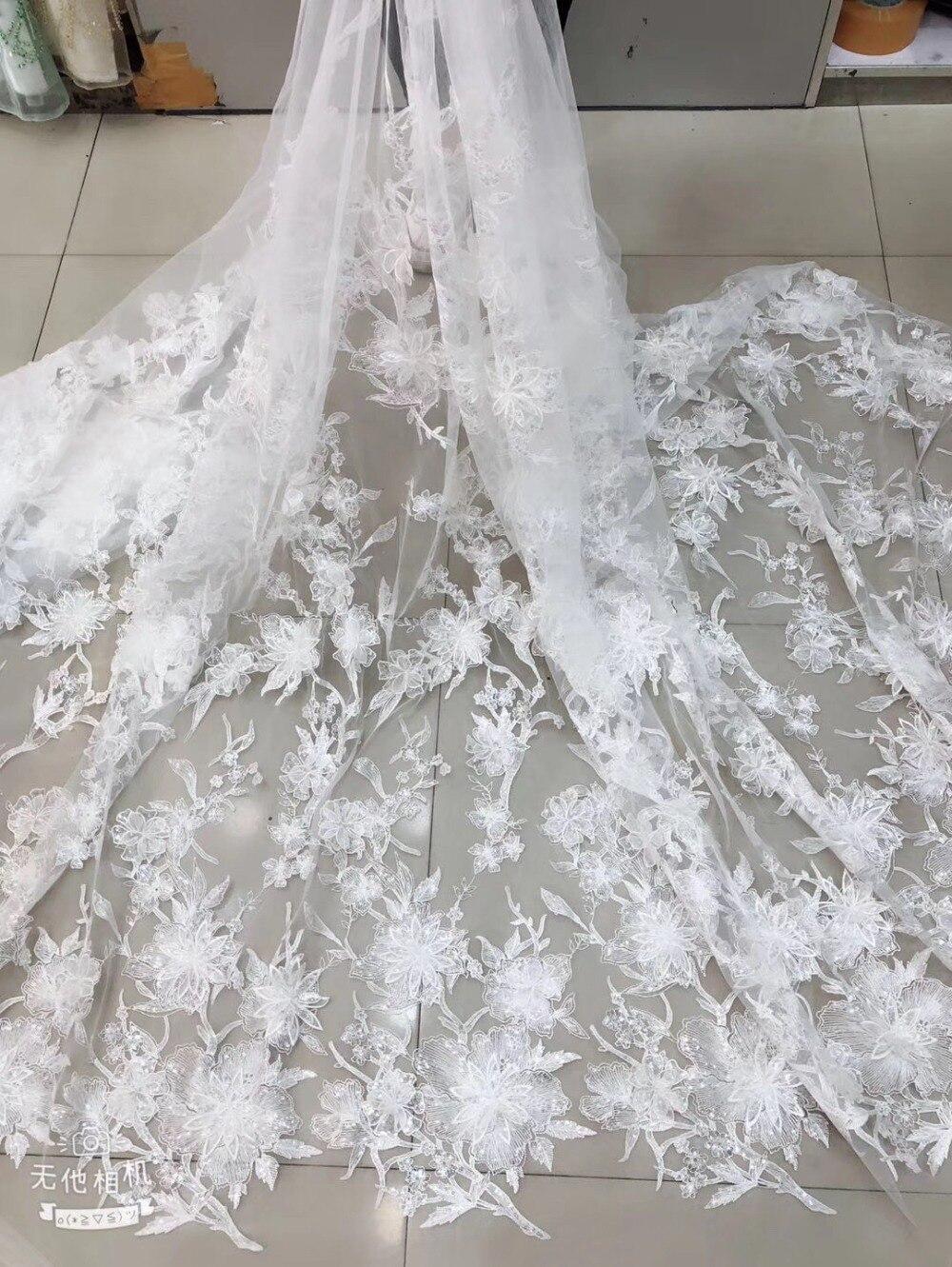Tissu à paillettes blanc cassé avec fleurs, dentelle brodée lourde 3d fleurs mariage en dentelle française, mariée délicate haut de gamme 5 mètres