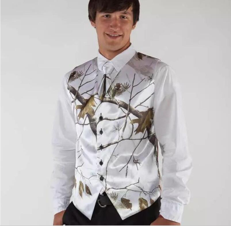 Buy Cheap 2019 White Real Tree Camo Mens Wedding Vests Outerwear Groomsmens Vests Realtree Spring Camouflage Slim Fit Mens V-neck Ves