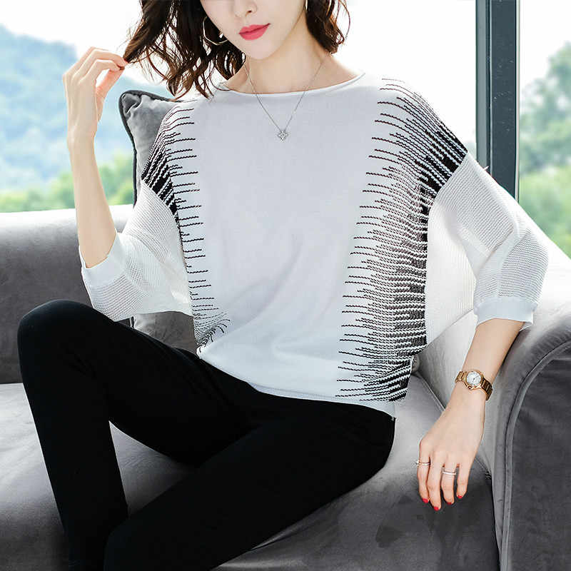 YISU 2019 Spring Knitted sweaters Women Printed pullover Half sleeve thin Loose fashion Sweater Women Tops Female Jumpers