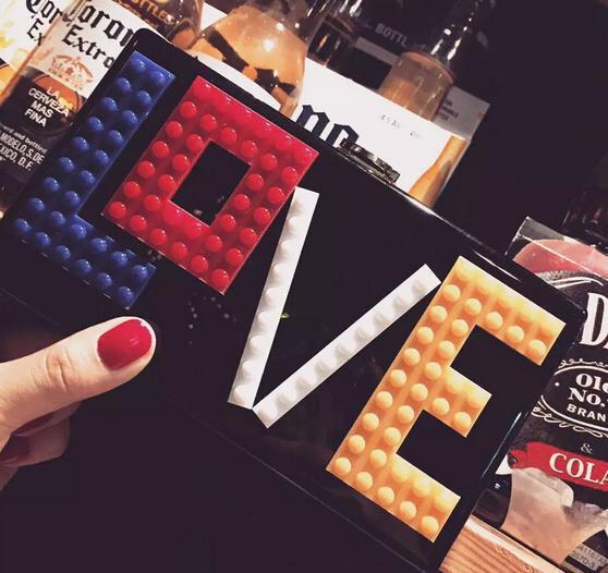 Nueva moda Lego acrílico amor smiley en forma de corazón señora de embrague noch