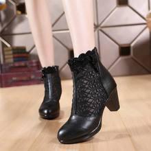 Femmes d'été 2017 cheville bottes pour femmes noir cheville femmes bottes en cuir véritable dentelle automne printemps bottes à hauts talons