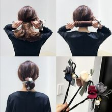 1 PC Wanita Bunga Donat TWIST Ikat Kepala Magic Bun Pembuat Gadis DIY Gaya Rambut  Alat Manis Gadis Bunga Rambut Aksesoris Hairba. b26fda74be